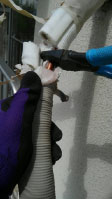 外側の配管パイプの切断